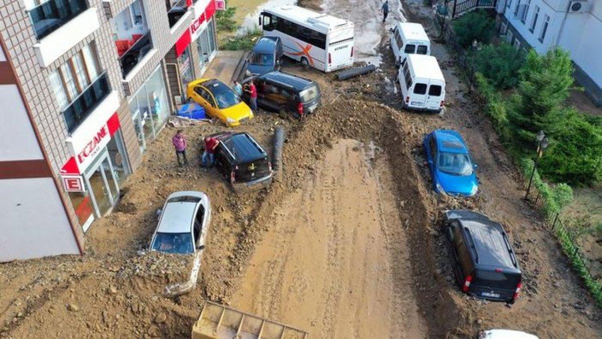 Rize de sel felaketi nedeniyle hayatını kaybedenlerin sayısı #9