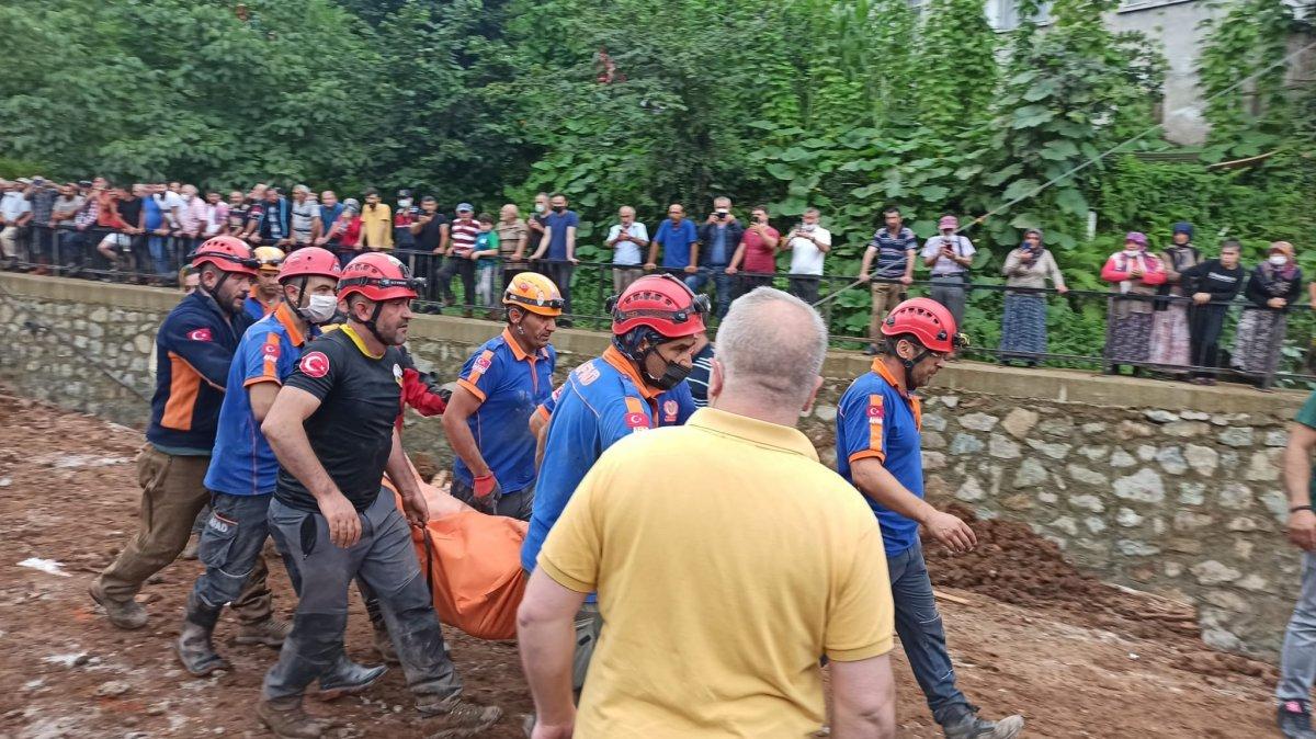 Rize de sel felaketi nedeniyle hayatını kaybedenlerin sayısı #4