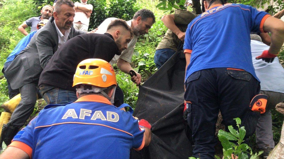 Rize de sel felaketi nedeniyle hayatını kaybedenlerin sayısı #13