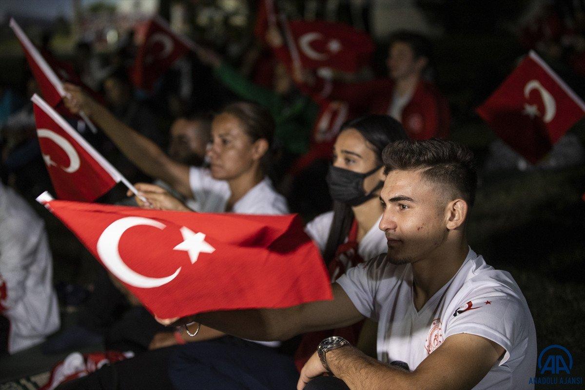TBMM de milli sporcuların demokrasi nöbeti  #6