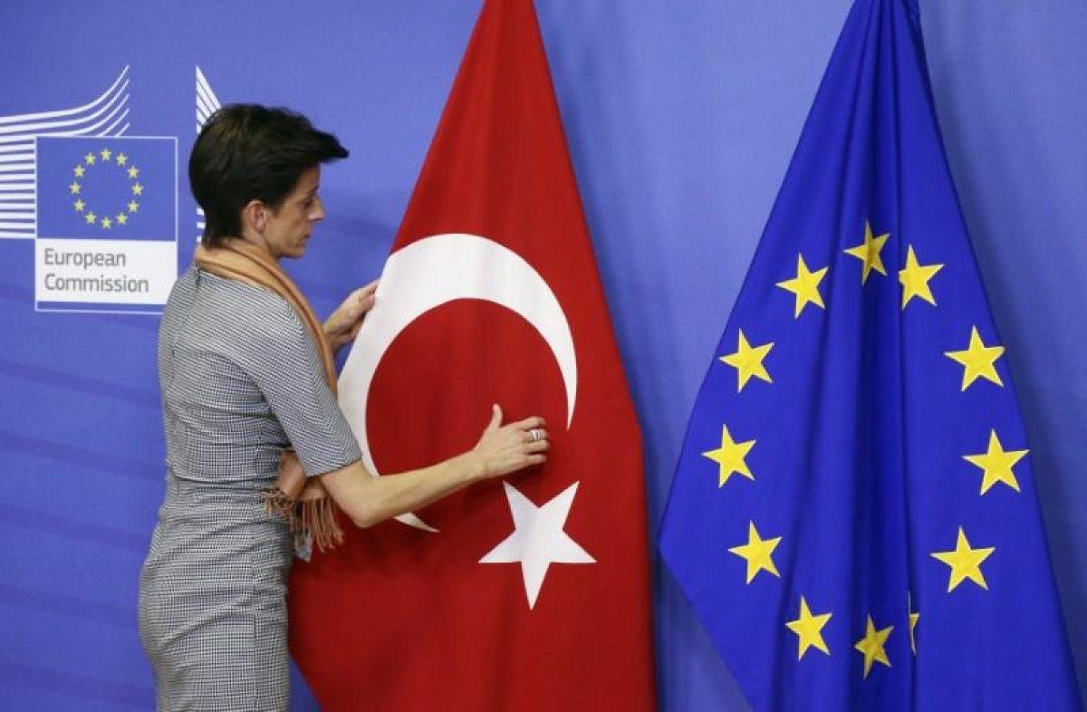 AB den Türkiye ye seyahat kısıtlaması devam ediyor #2