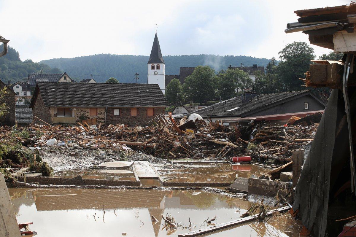 Almanya da sel felaketinin bilançosu #5