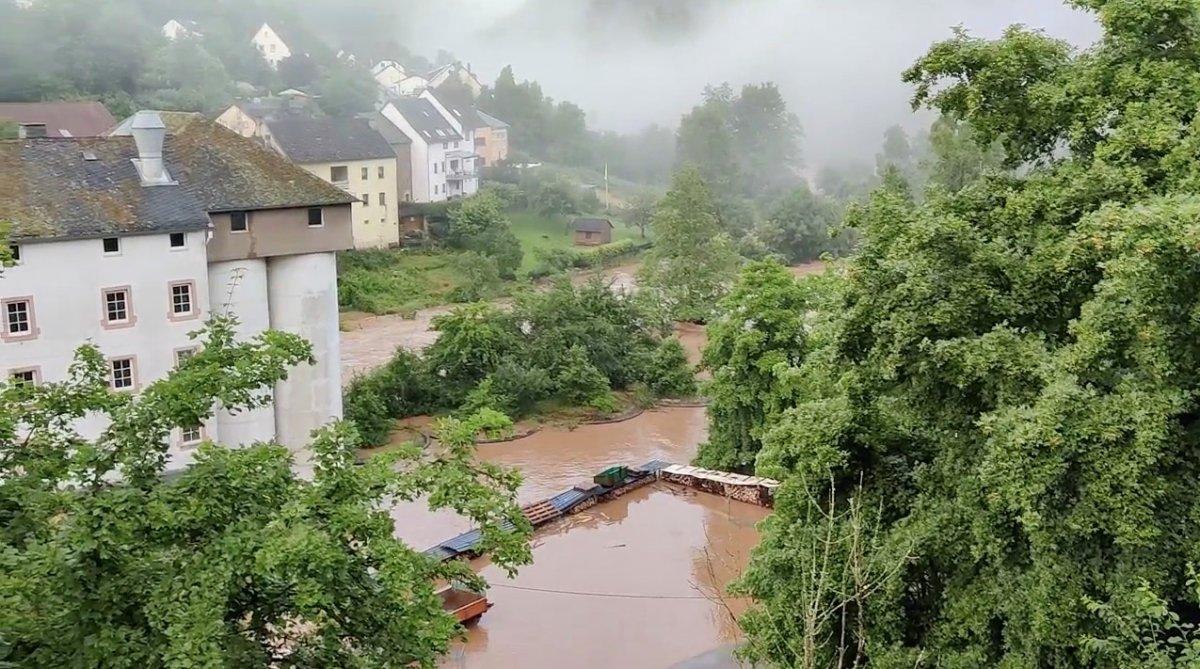 Almanya da sel felaketinin bilançosu #11