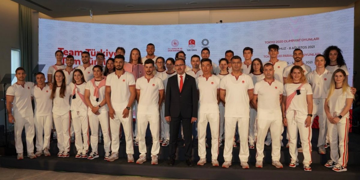 Bakan Kasapoğlu, sporcularımızı Tokyo Olimpiyatları na uğurladı #1