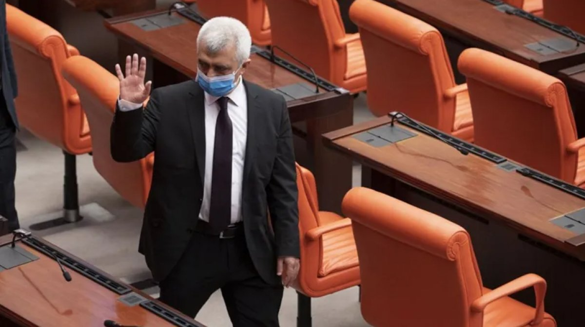 HDP li Ömer Faruk Gergerlioğlu 4 ay sonra yeniden milletvekili #1