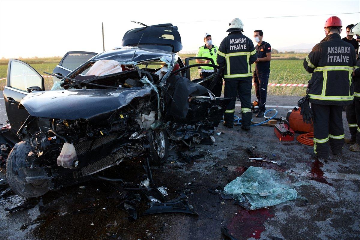 Aksaray da gurbetçinin aracı konvoydaki araçlarla çarpıştı: 2 ölü 6 yaralı #4