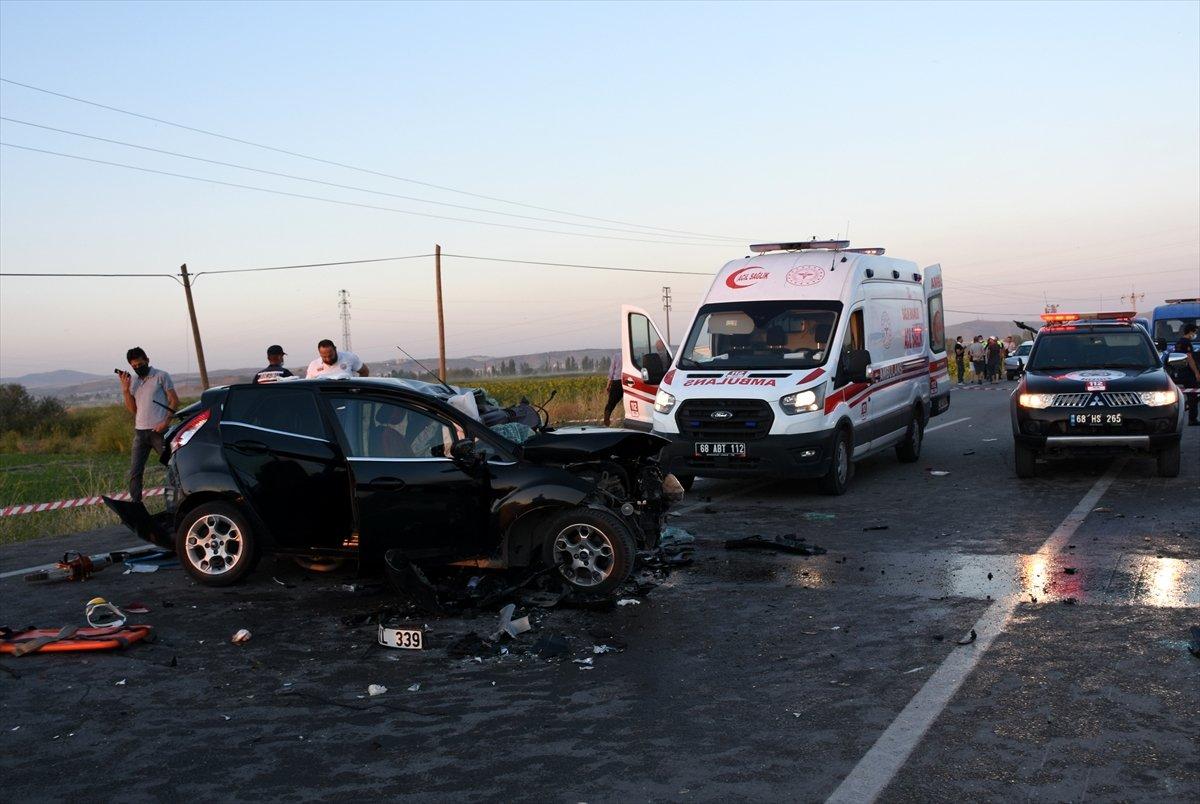 Aksaray da gurbetçinin aracı konvoydaki araçlarla çarpıştı: 2 ölü 6 yaralı #7