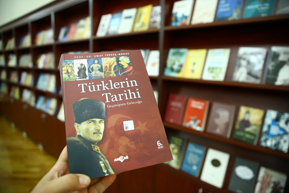 Türkiye den Karabağ daki kütüphanelere 10 bin kitap bağışı #1