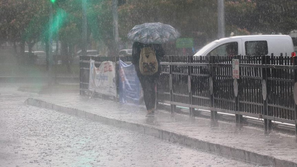 Meteorolojiden Doğu Karadeniz ve Doğu Anadolu için sağanak uyarısı #1