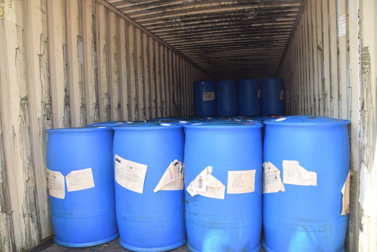 Çin'den gelen konteynerde 26 ton kimyasal madde yakalandı #1