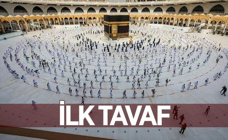 Hacı adayları pandemi gölgesinde Kabe'yi tavaf ediyor