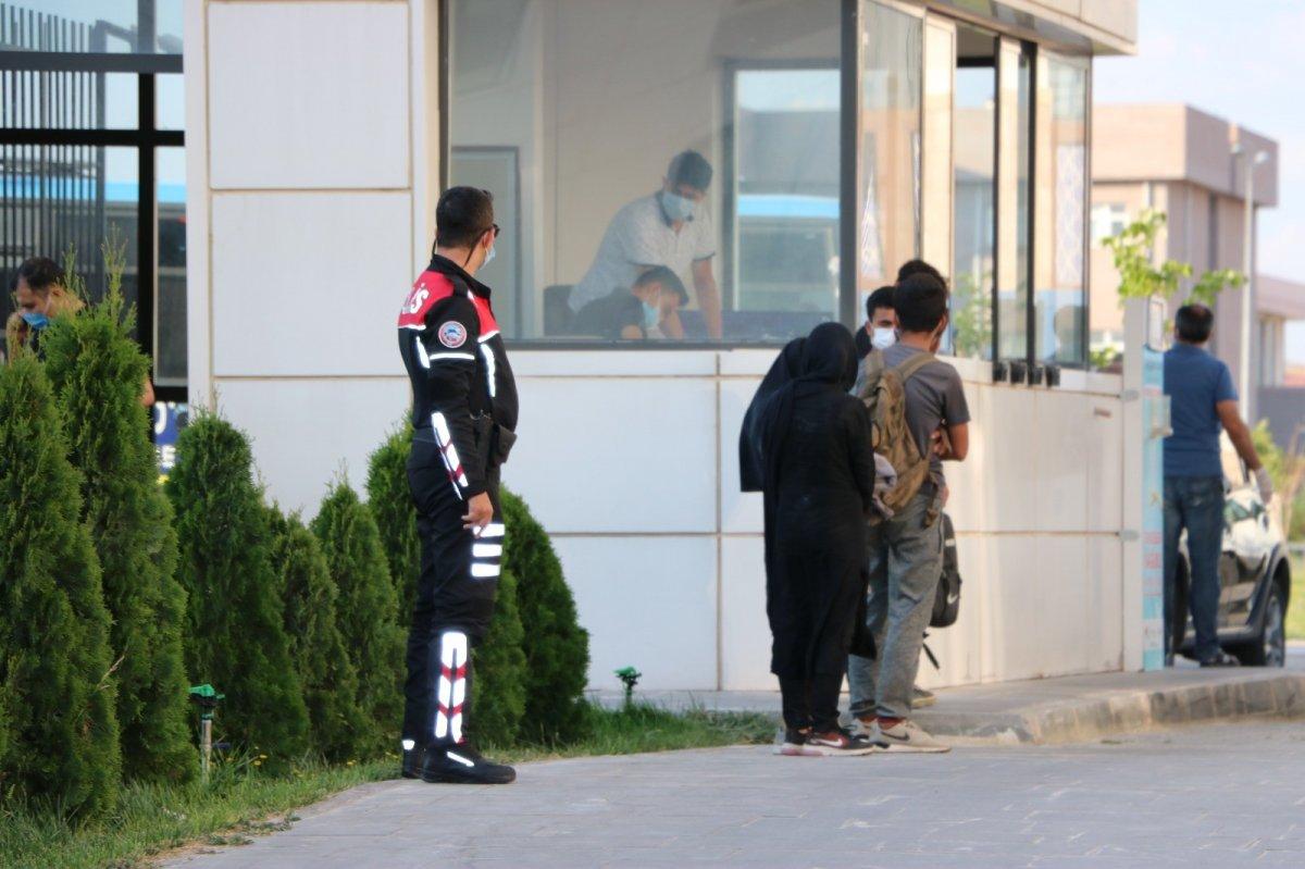 Niğde'de kaçan göçmenler KYK yurtlarına yerleştirildi #2