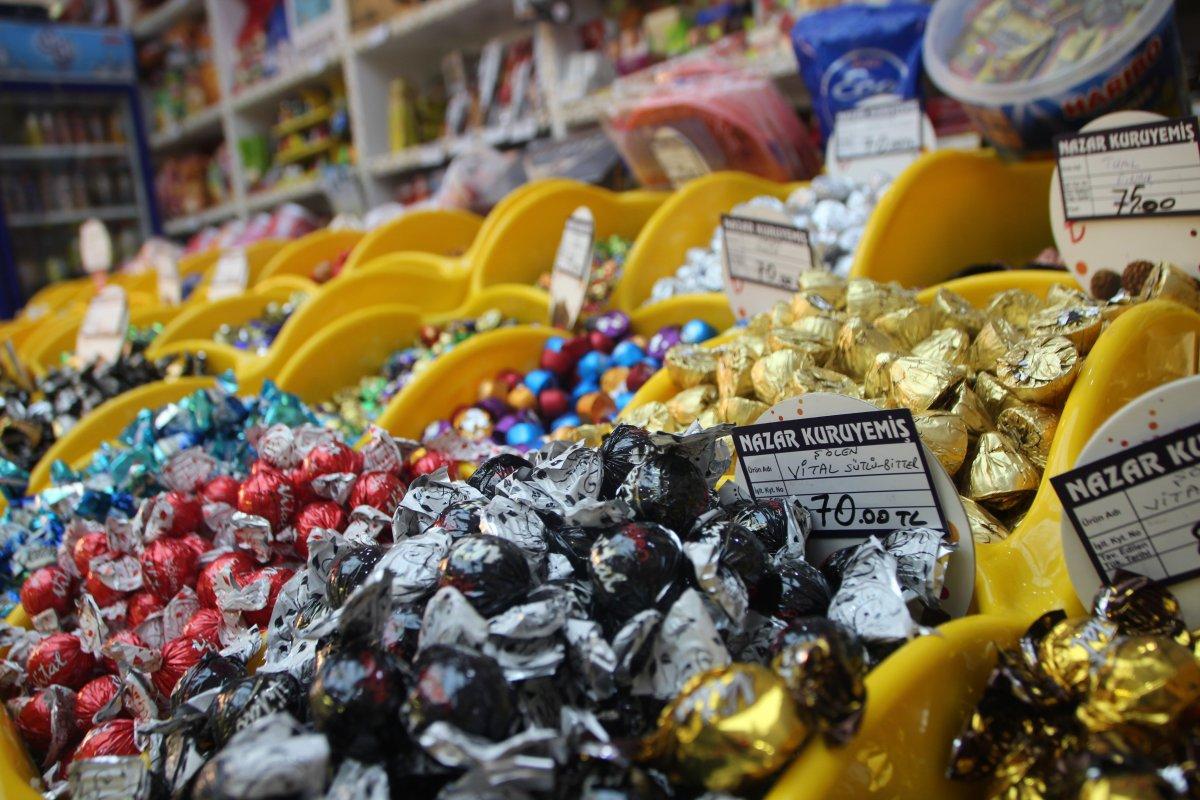 Bilecik te bayram öncesi şeker ve kuruyemişçilerde ilgi arttı #1