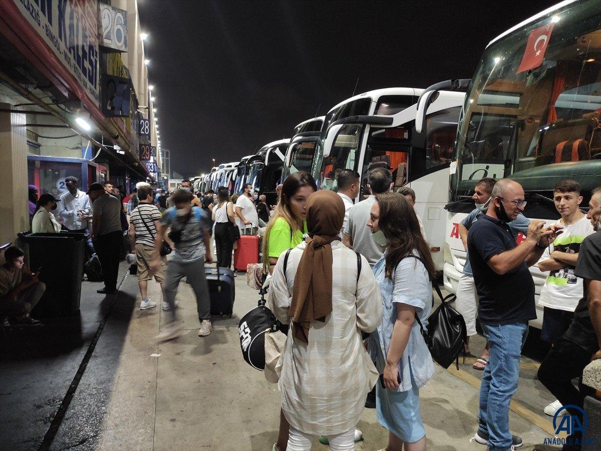 İstanbul otogarlarında bayram yoğunluğu #4