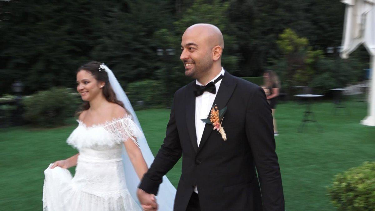 İstanbul da doktor çift düğünlerini 8 aylık kızlarıyla yaptı #6