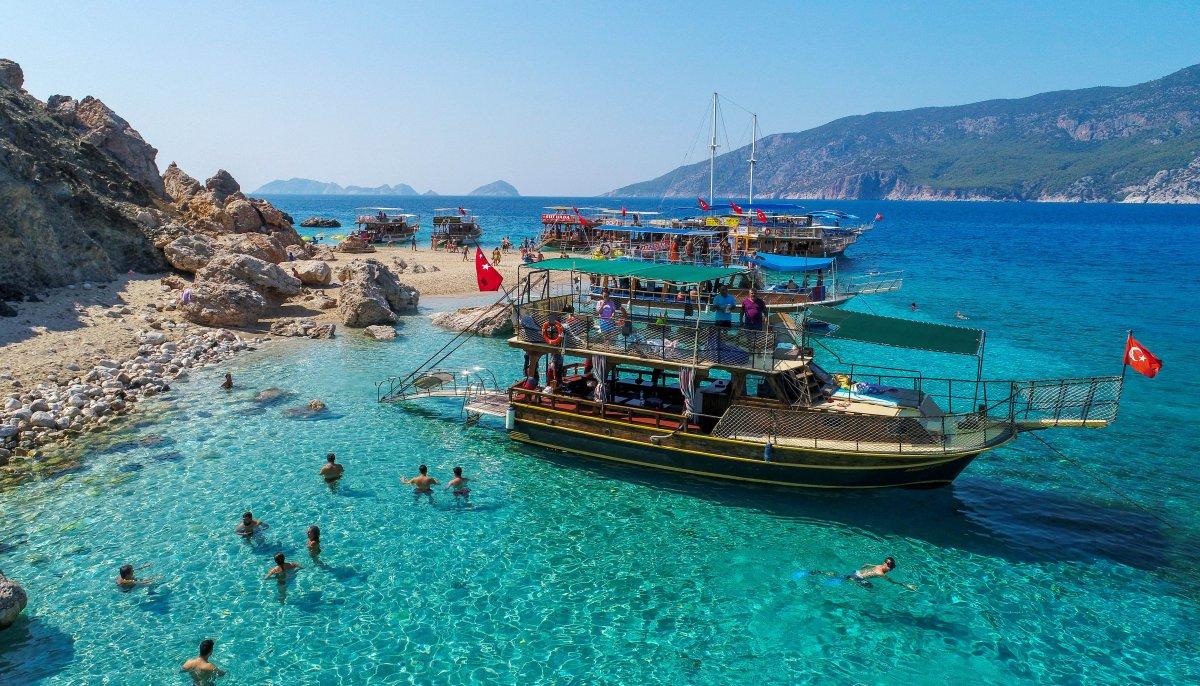 Antalya da oteller, bayram öncesinde doldu #2