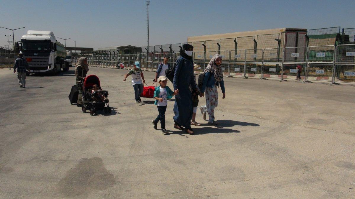 21 bin 500 Suriyeli bayram için ülkesine gitti  #6