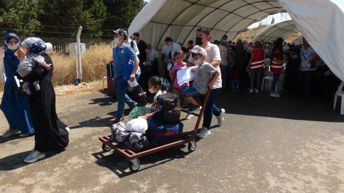 21 bin 500 Suriyeli bayram için ülkesine gitti  #1