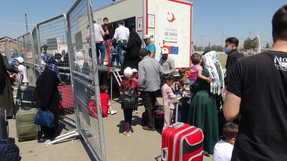 21 bin 500 Suriyeli bayram için ülkesine gitti  #2