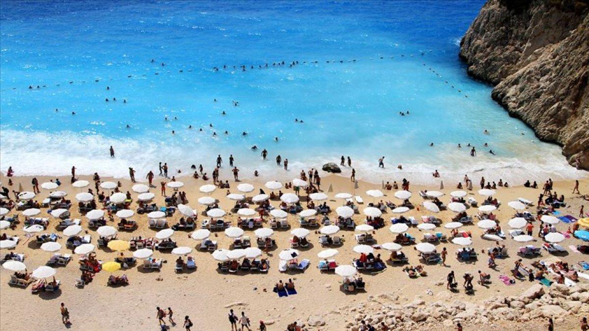 Antalya da oteller, bayram öncesinde doldu #4