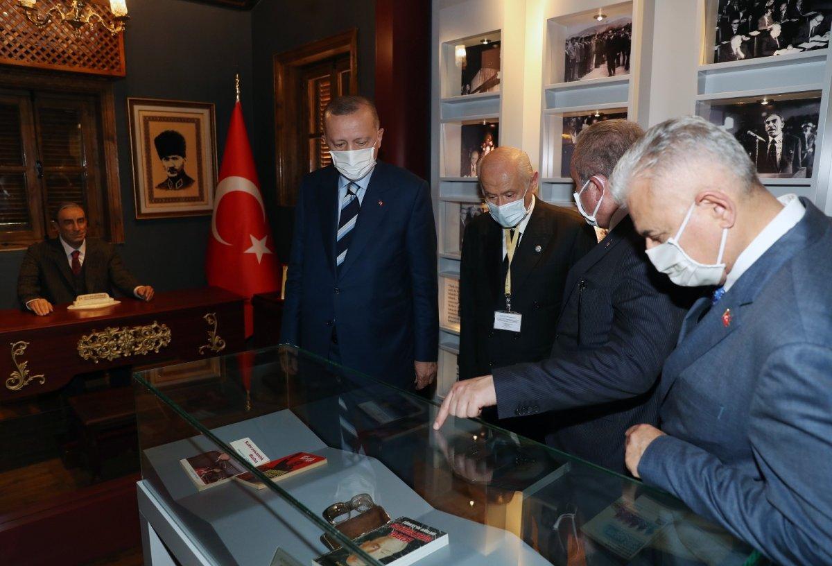 Erdoğan ve Bahçeli, Alparslan Türkeş'in doğduğu evi ziyaret etti #5