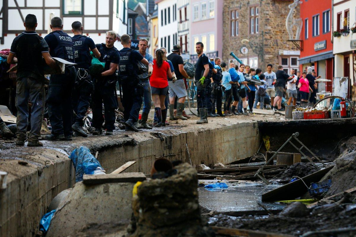 Almanya da yaşanan sellerde ölü sayısı artıyor #6