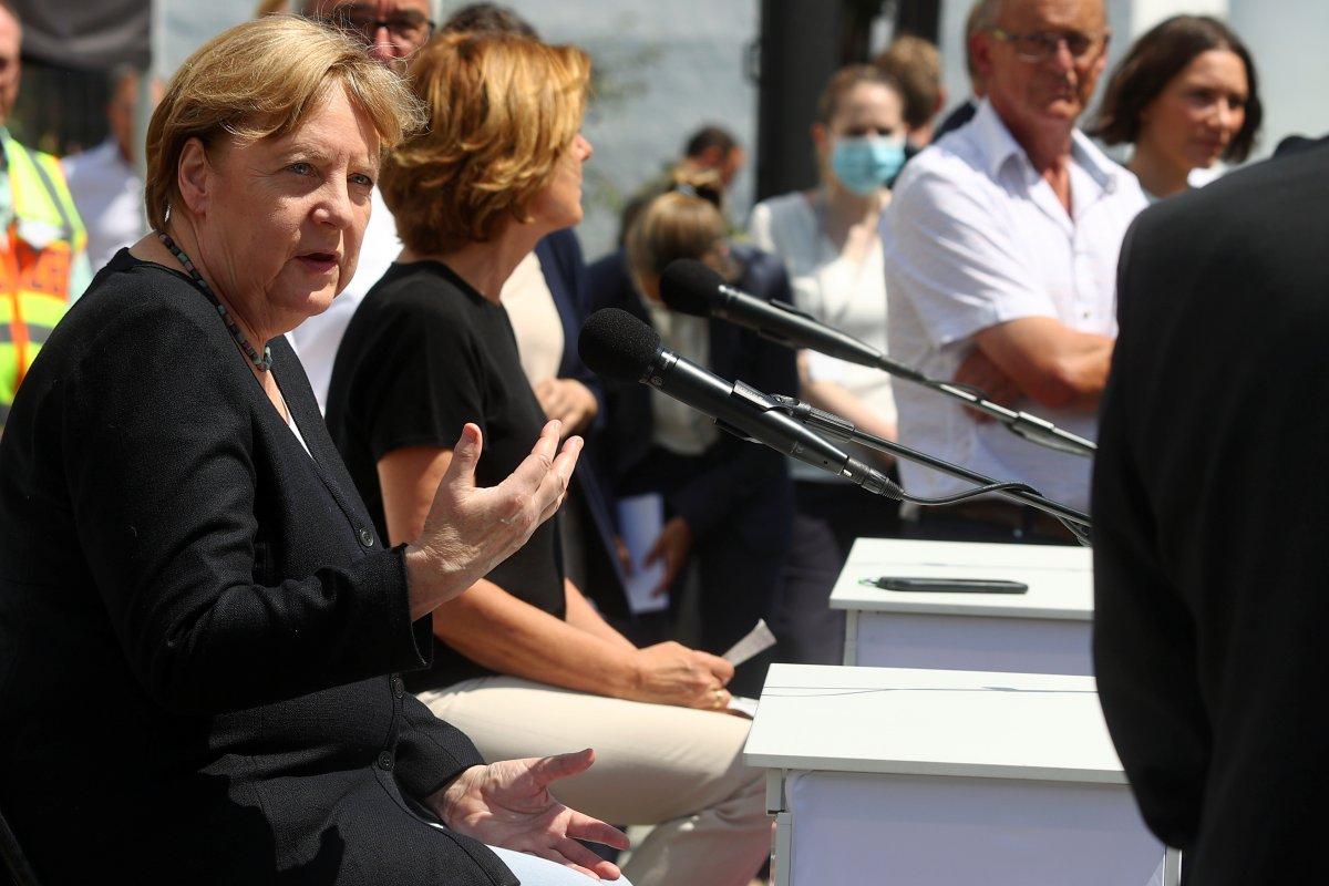 Angela Merkel, afet bölgesini inceledi #6