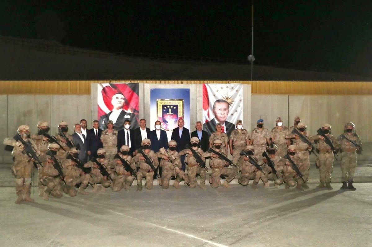 Cumhurbaşkanı Erdoğan Cudi Dağı ndaki askerlerin bayramını kutladı #3