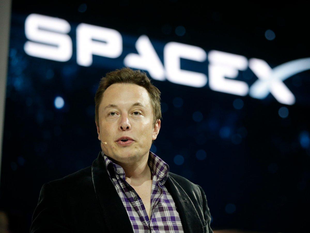 Milyarder iş insanlarının rekabeti uzaya taşındı #3