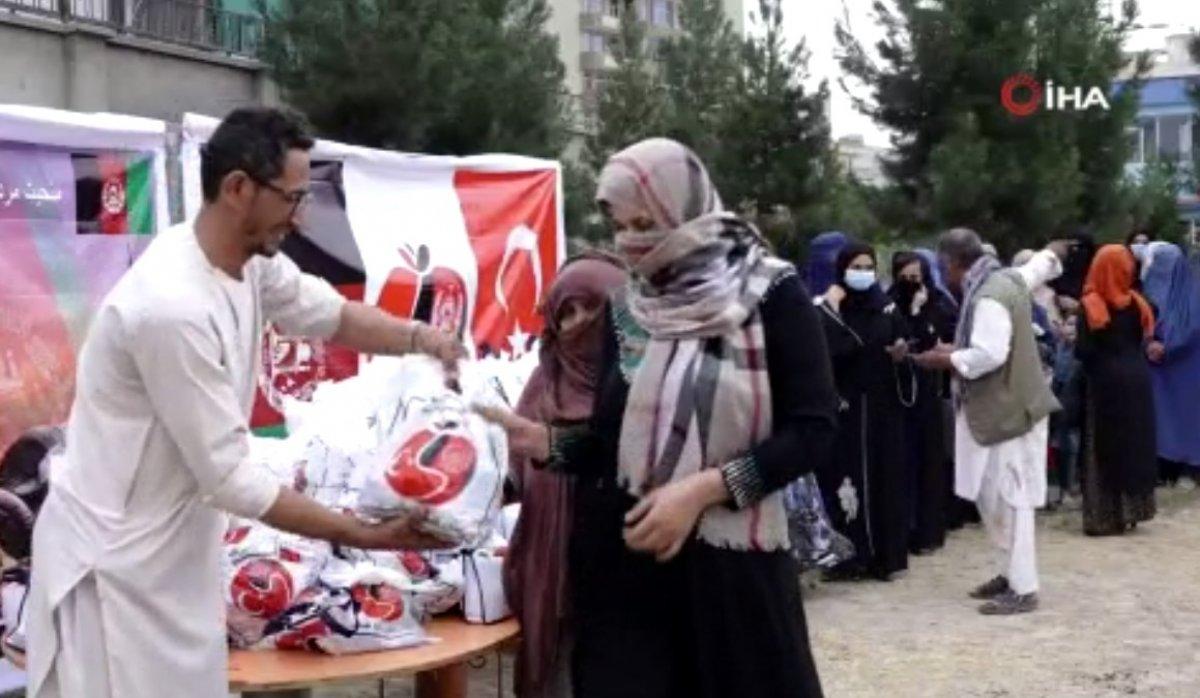 Mehmetçik, Afganistan'daki ihtiyaç sahibi 700 aileye kurban eti dağıttı #1