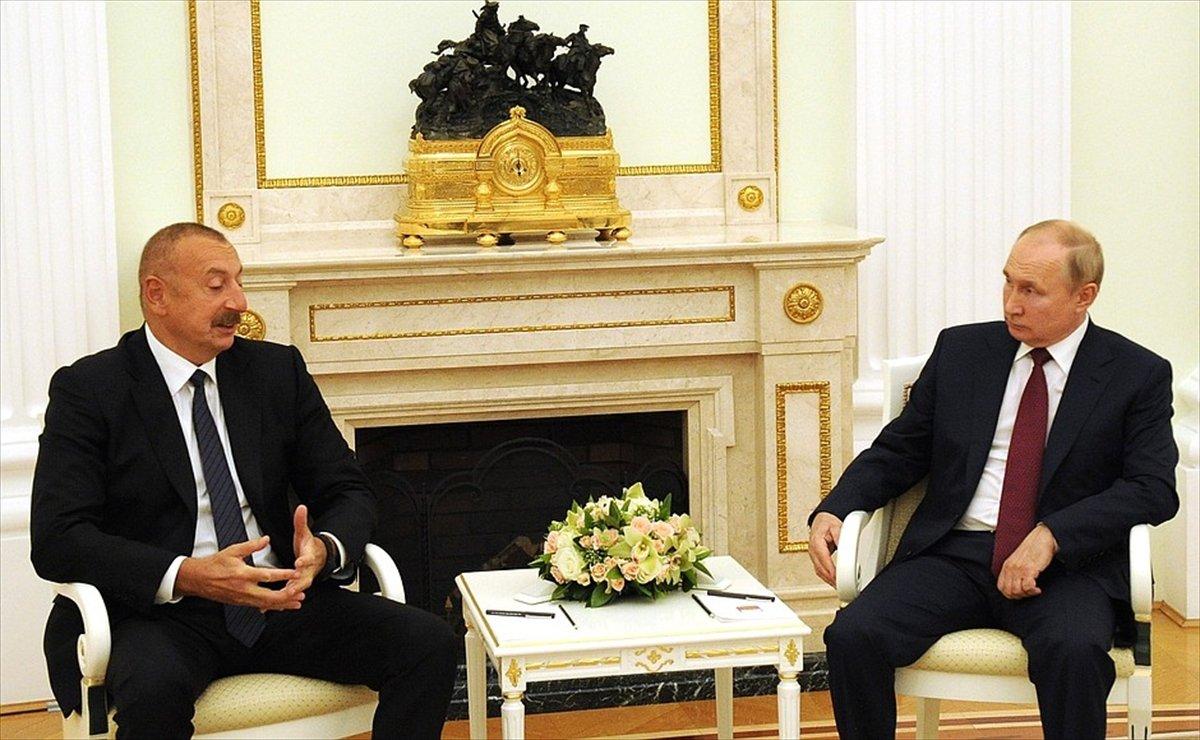 Vladimir Putin ile İlham Aliyev, bölgesel sorunları görüştü #1