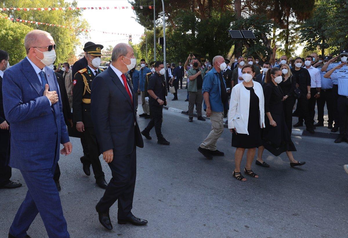 Cumhurbaşkanı Erdoğan, Kıbrıs ta düzenlenen törene katıldı #1