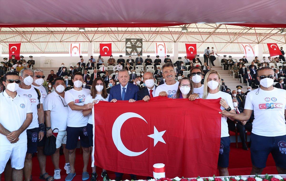 Cumhurbaşkanı Erdoğan, Kıbrıs ta düzenlenen törene katıldı #8