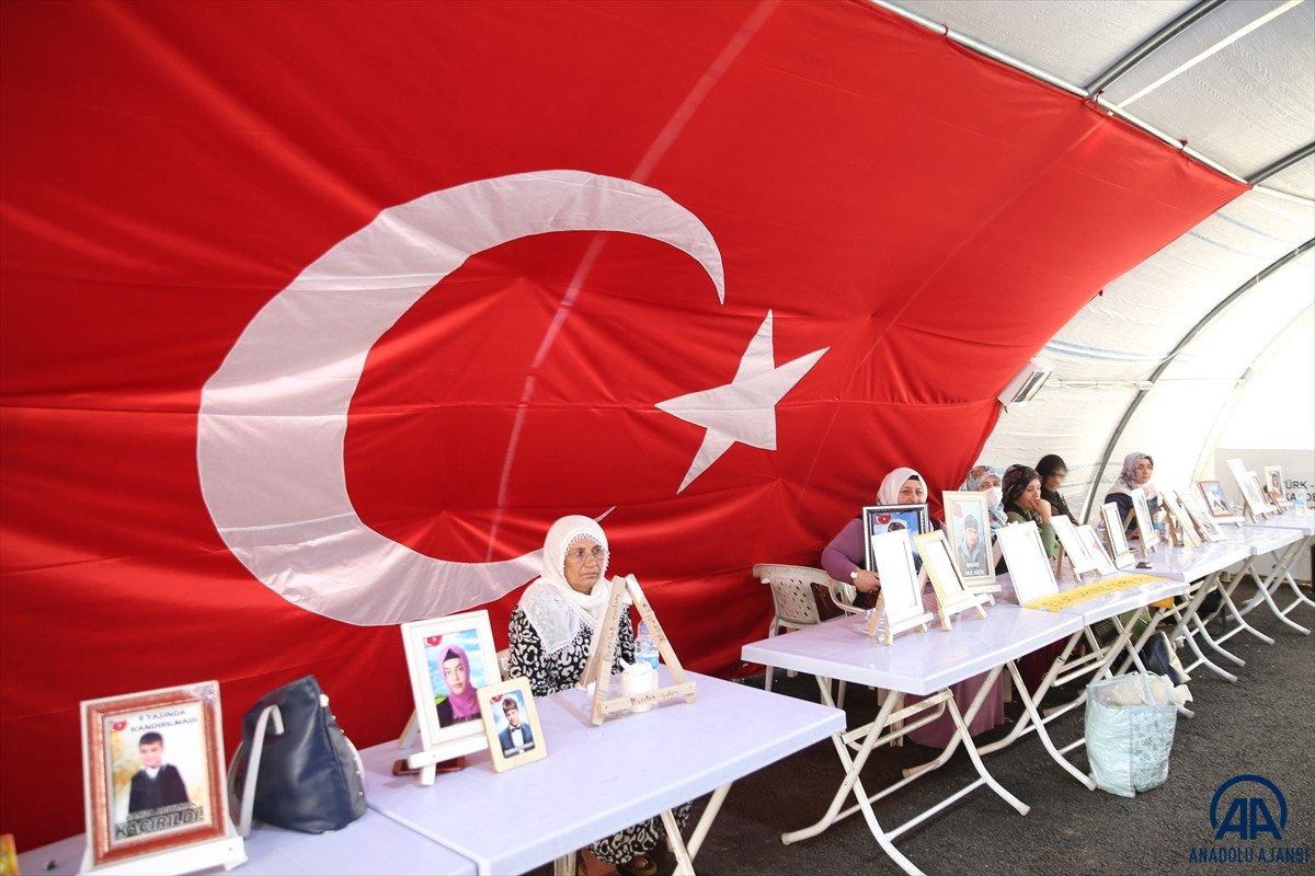 Diyarbakır anneleri çifte bayram yaşamak istiyor #1