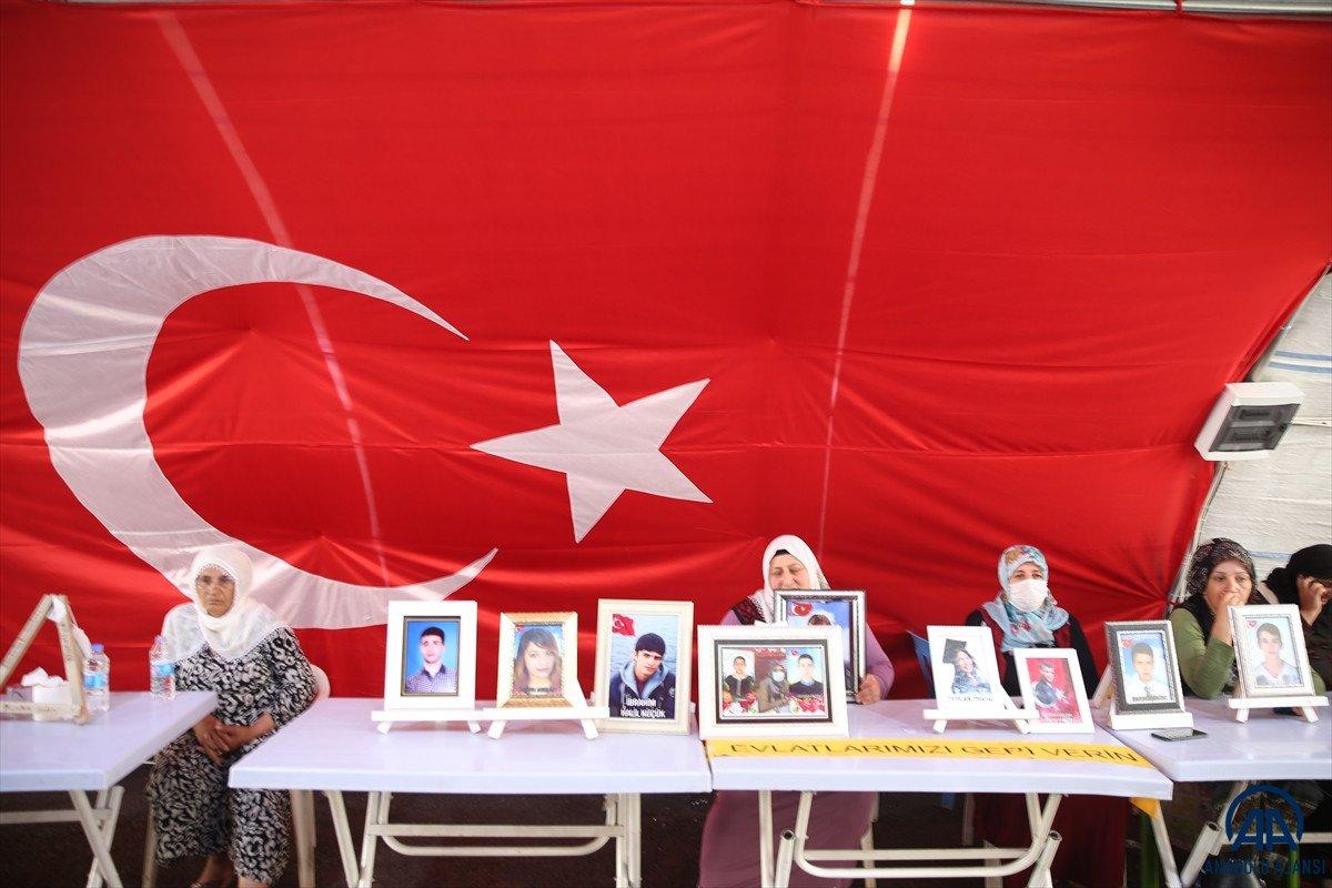Diyarbakır anneleri çifte bayram yaşamak istiyor #3