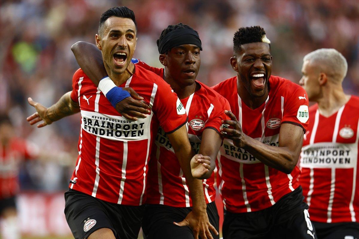 PSV, Galatasaray ı 5 golle yendi #2