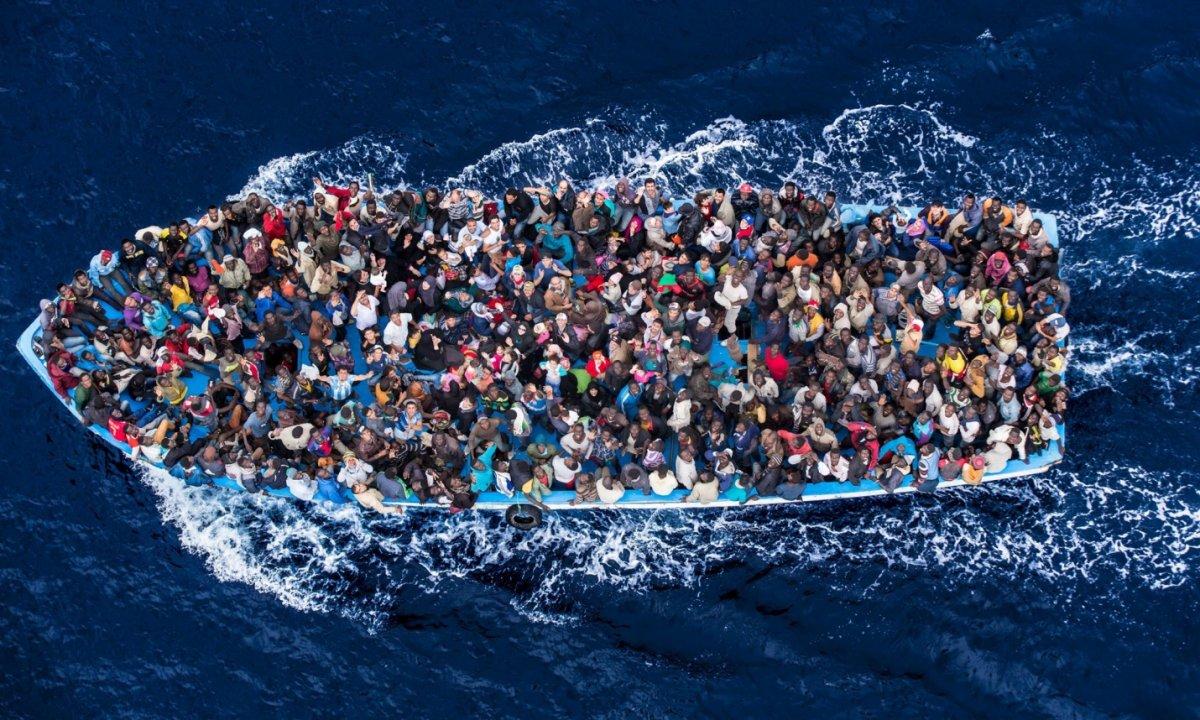 İngiltere ye bir günde rekor göçmen girişi #5