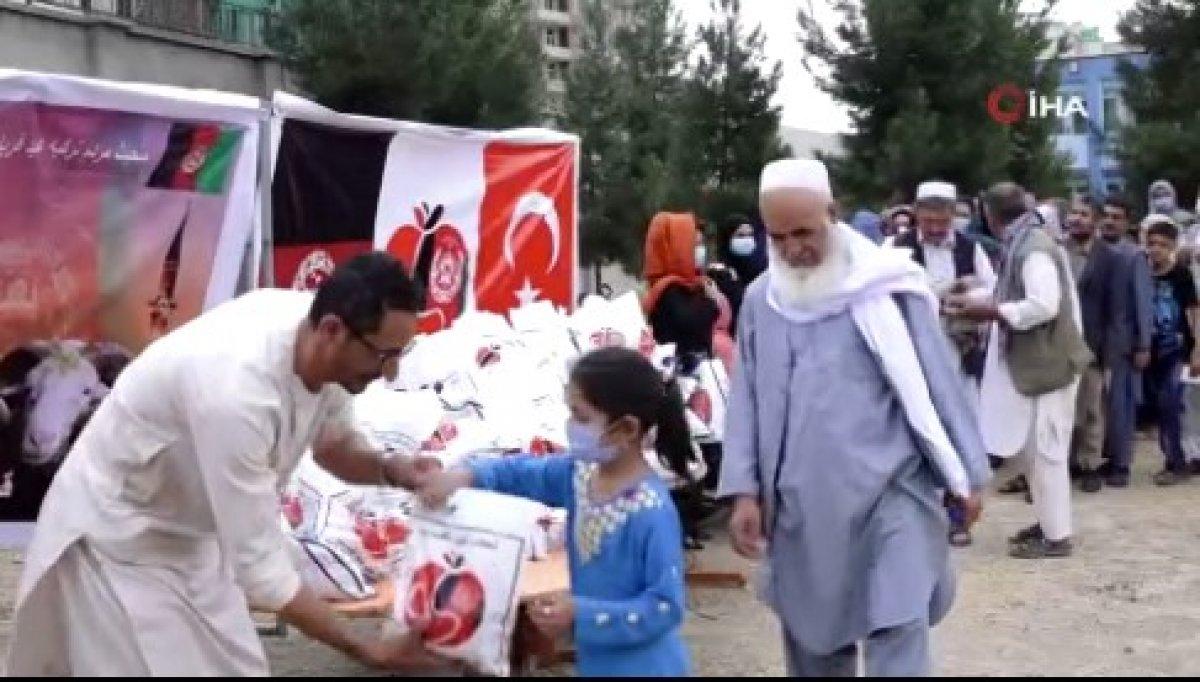 Mehmetçik, Afganistan'daki ihtiyaç sahibi 700 aileye kurban eti dağıttı #4