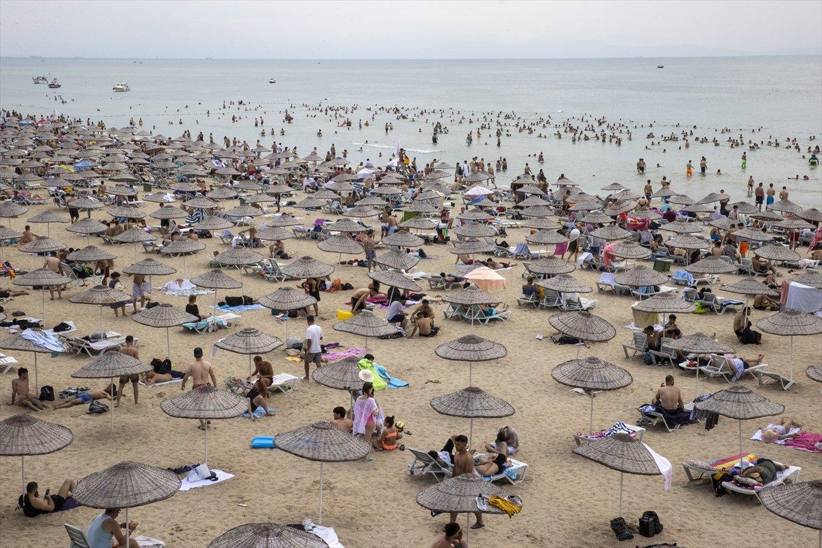 İstanbul da bayramın ikinci günü Güneş Plajı oldu #8