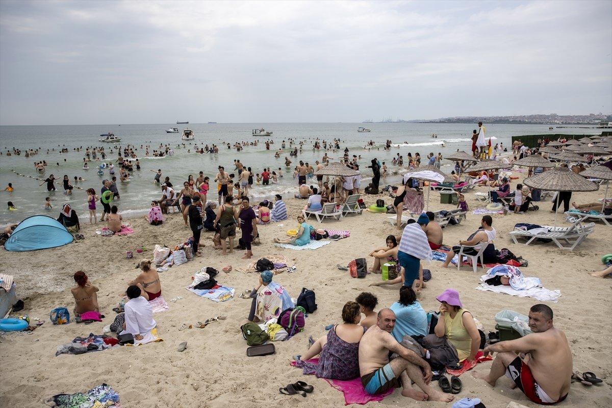 İstanbul da bayramın ikinci günü Güneş Plajı oldu #2