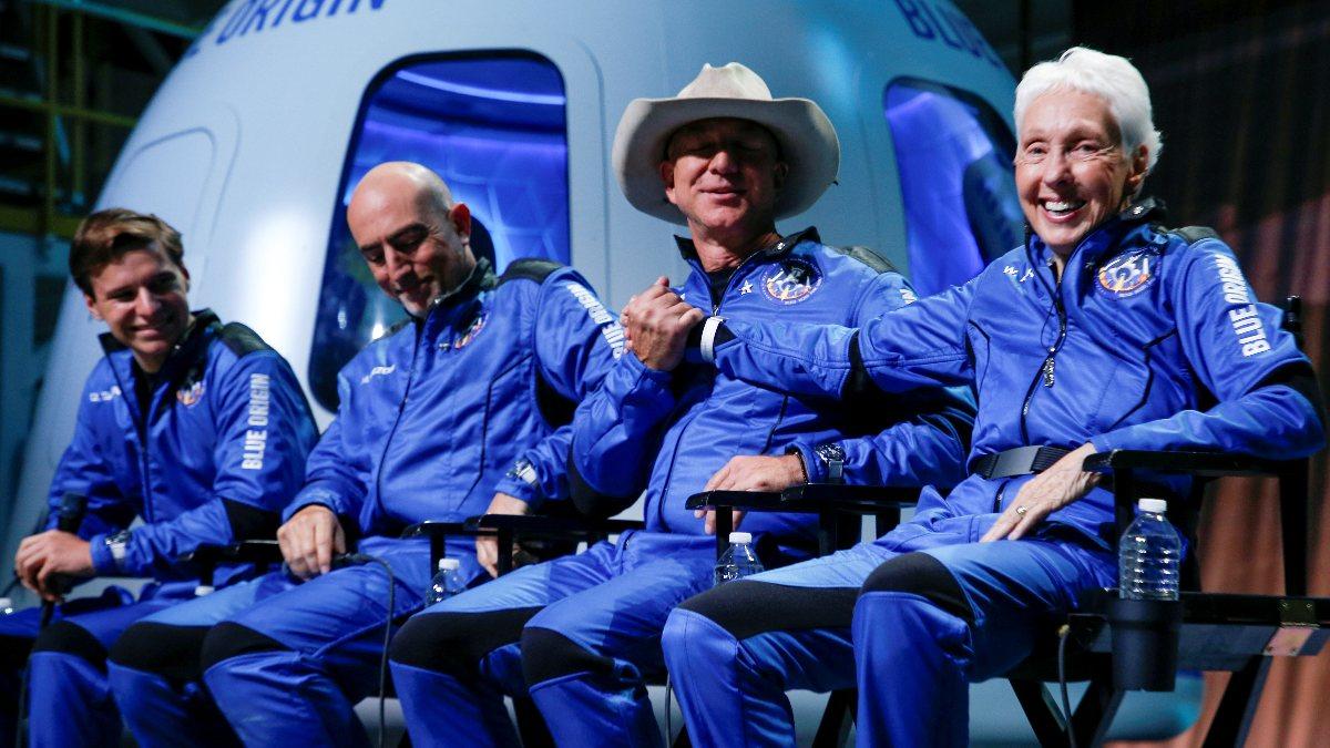 Blue Origin, uzay uçuşları için 100 milyon dolar değerinde bilet sattı