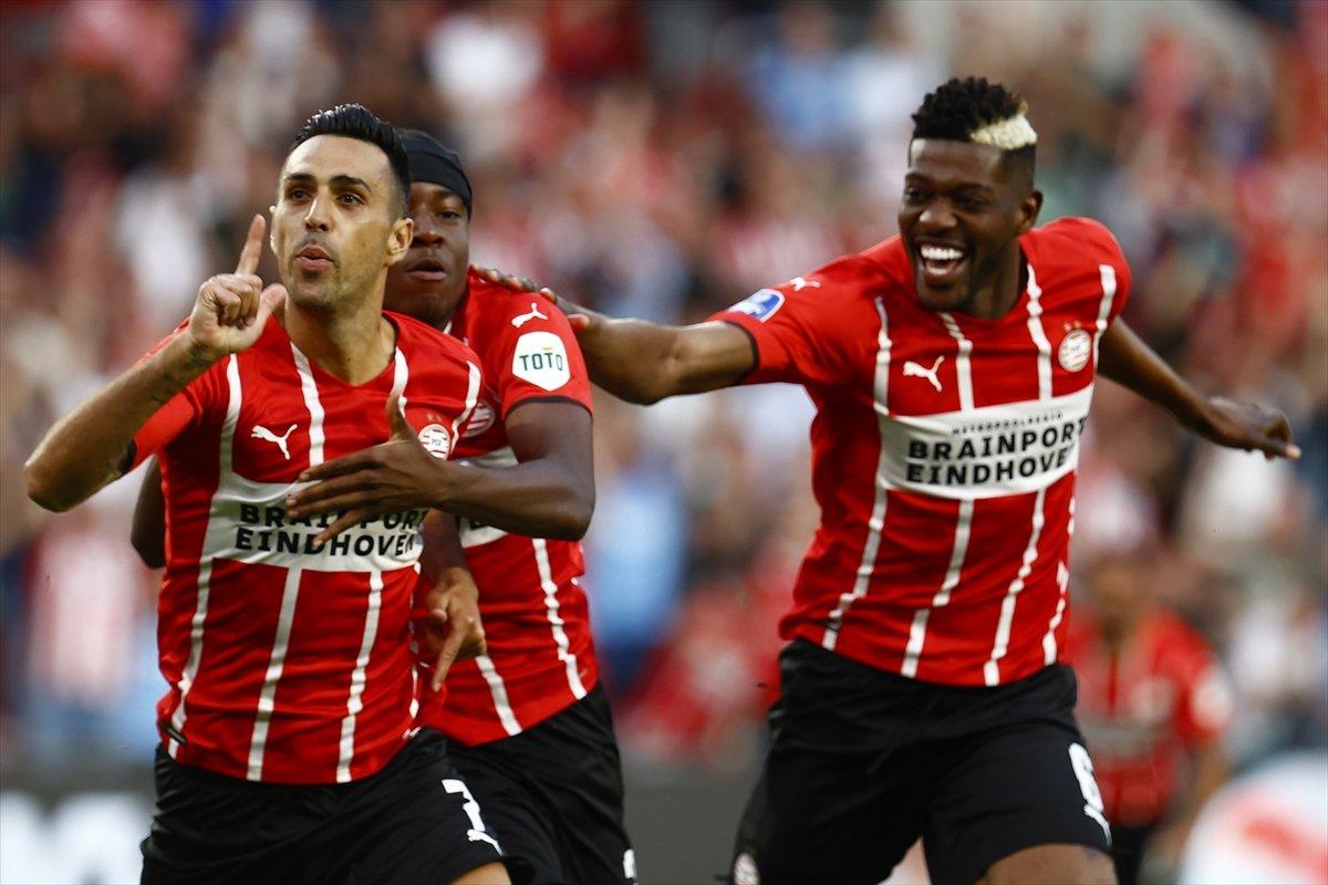 PSV, Galatasaray ı 5 golle yendi #1