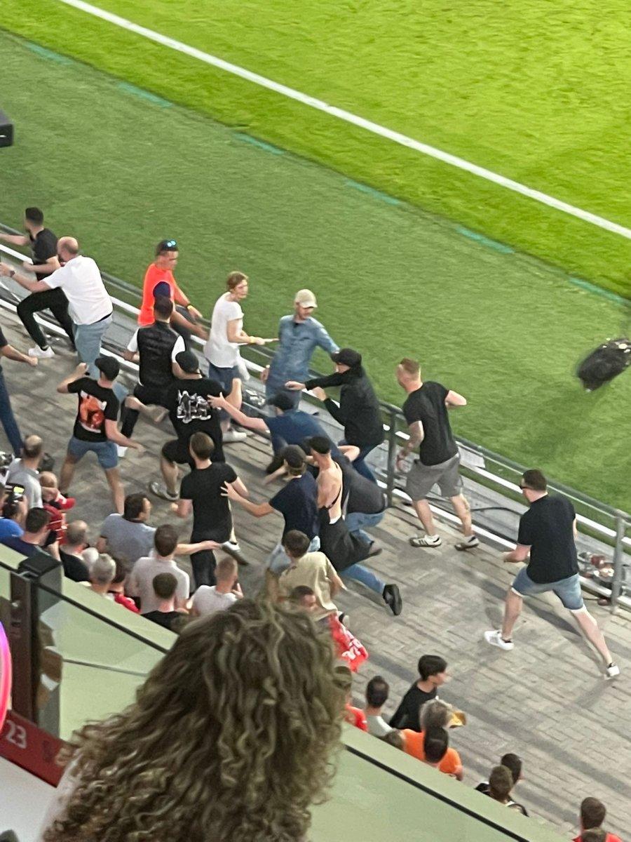 PSV-Galatasaray maçında gerilim #3