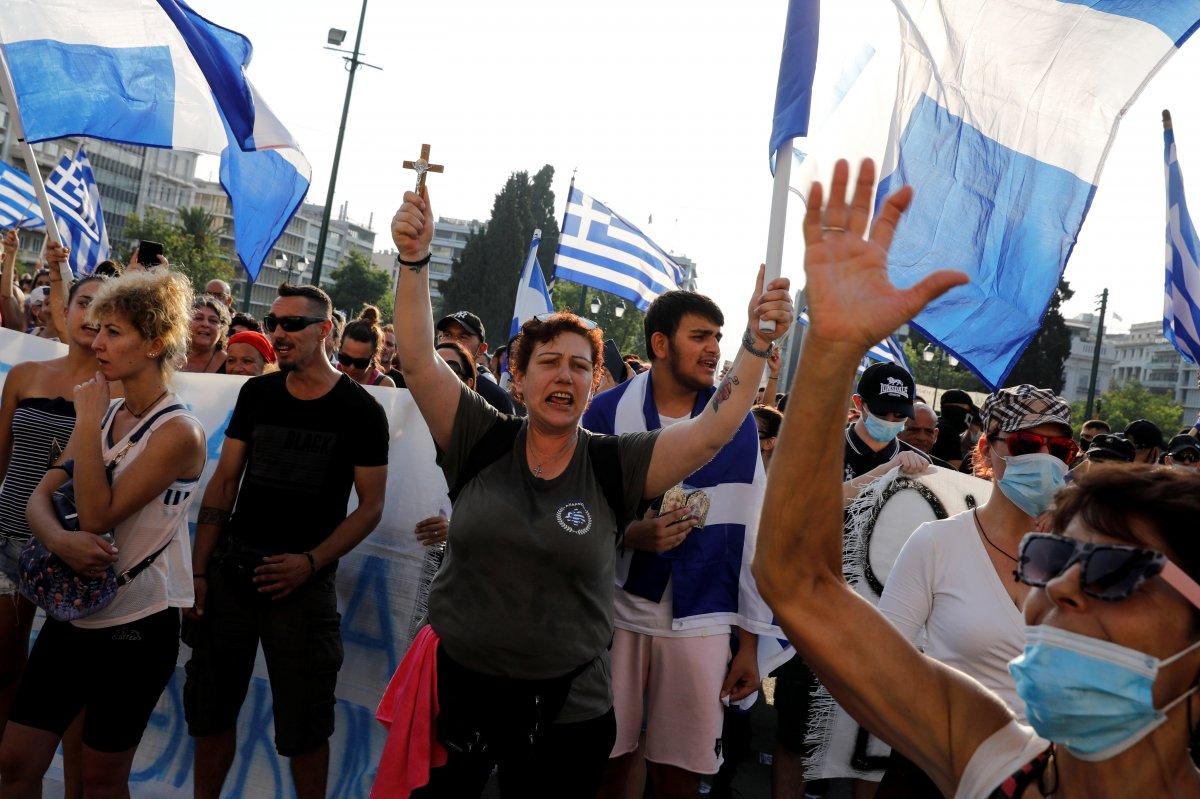 Yunanistan da zorunlu aşı karşıtları sokağa indi #7