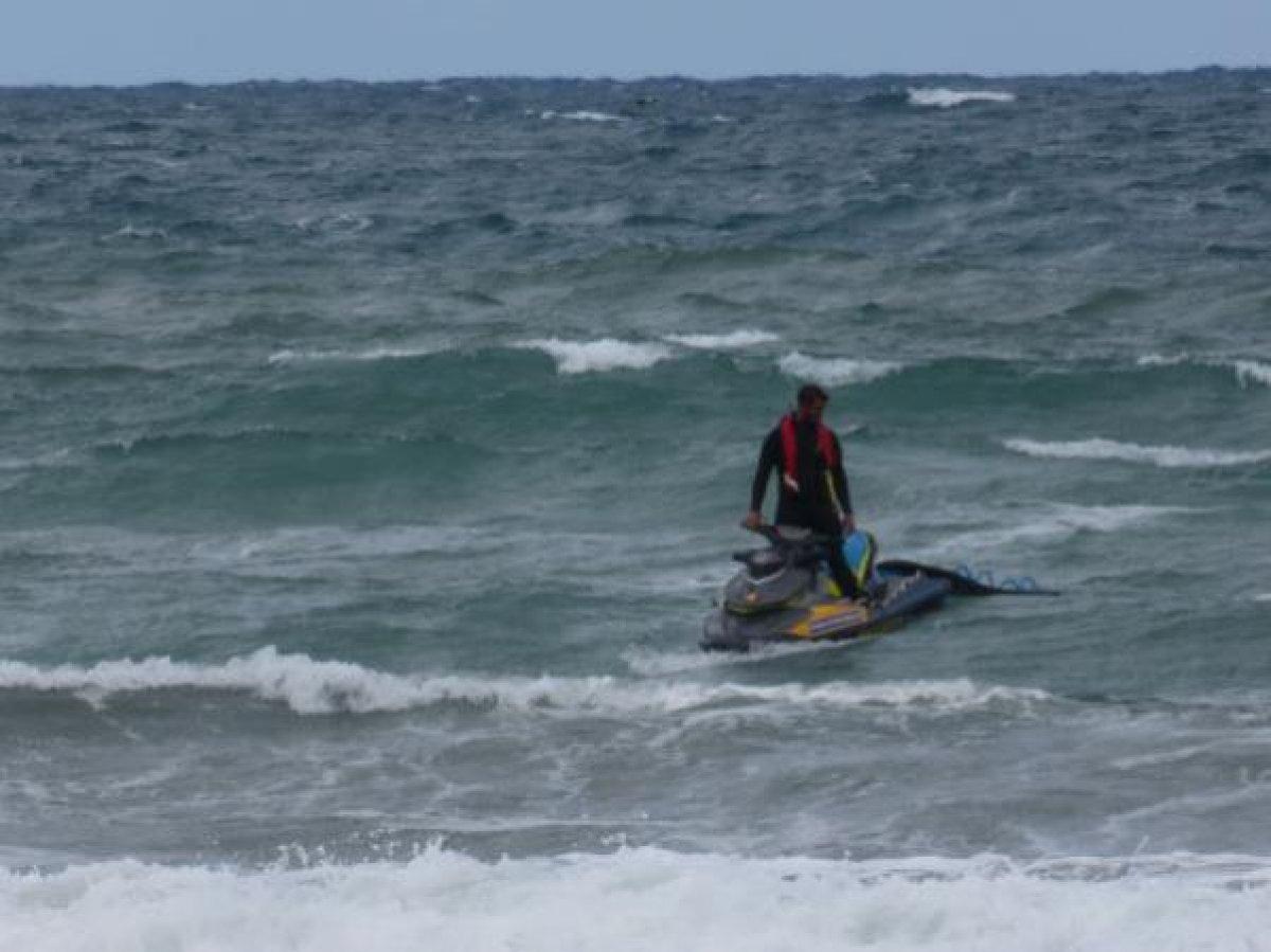 Şile de denize girmek yasaklandı: 1 kişi boğuldu, 2 kişi kayboldu #7