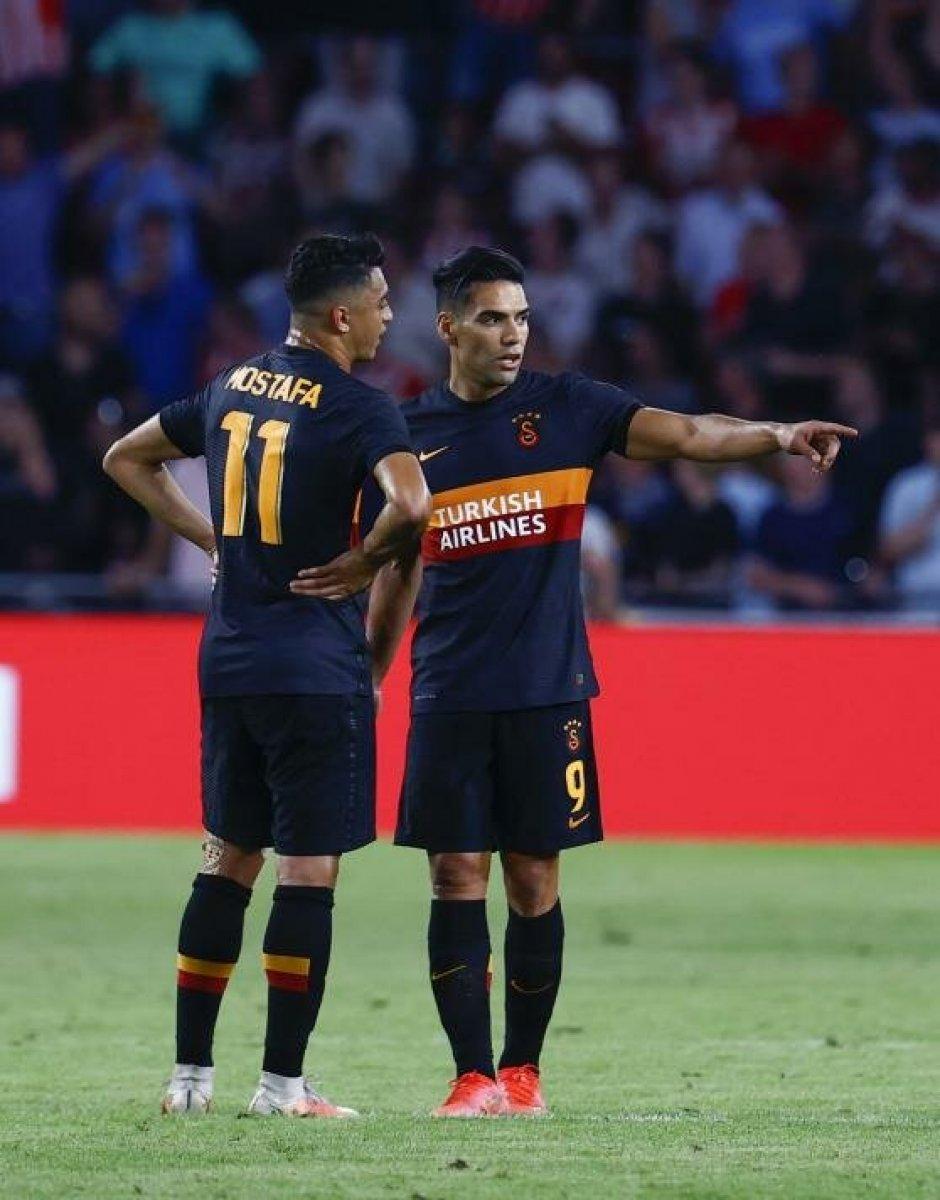 Galatasaray da mağlubiyetin faturası oyunculara kesildi #2