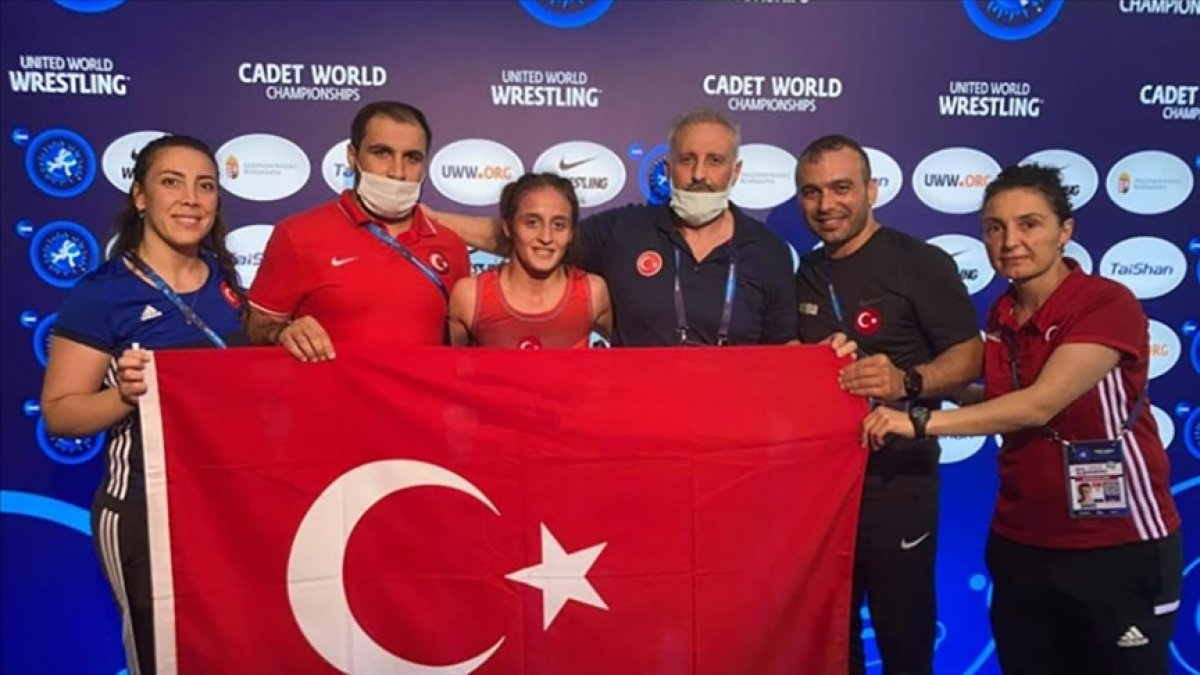 Milli Güreşçi Selvi İlyasoğlu Dünya Şampiyonu oldu #3