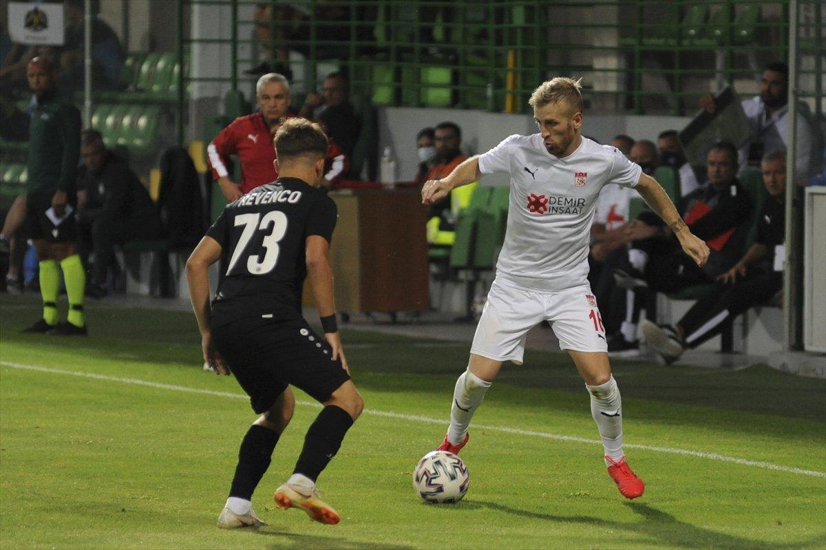 Sivasspor tur kapısını araladı #2