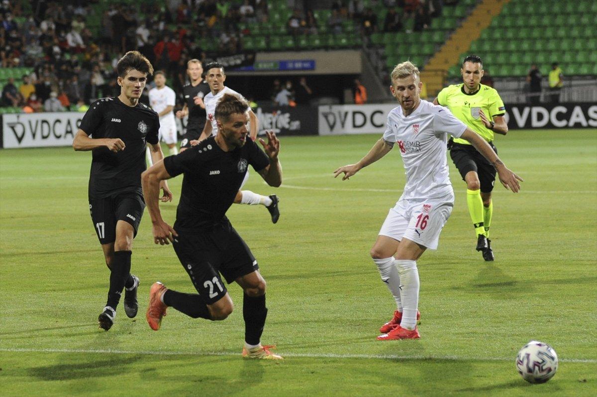 Sivasspor tur kapısını araladı #5