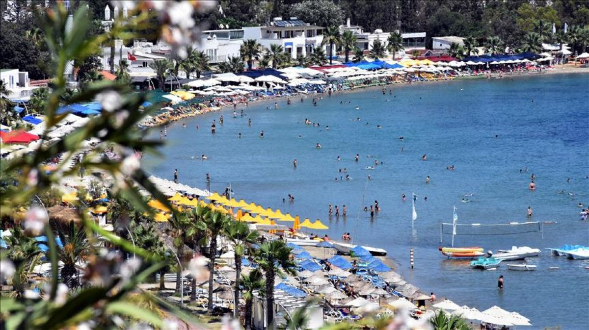 Muğla'da tatilci yoğunluğu koronavirüs vaka sayılarını yüzde yüz artırdı  #2